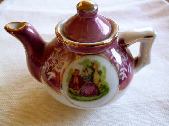 Teapot for collection