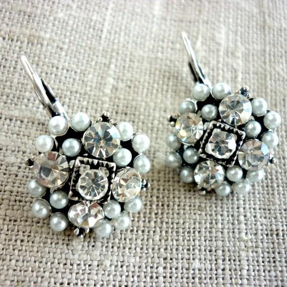 Earrings with Beads and Rhinestone