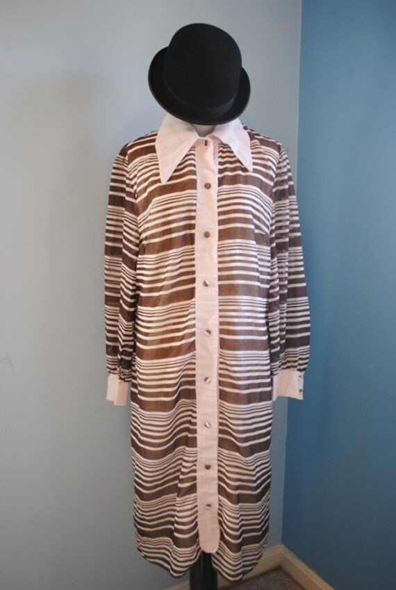 1970s Striped Shirt Dress by Jan Sue of California/Sheer Brown and White/ Size Large to Extra Large