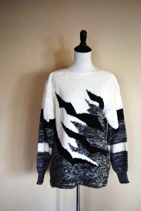 1980s Maternity Sweater/ Black and White Boatneck by Motherhood Maternity/ Size Medium