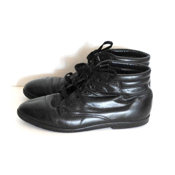 90s Grunge Lace Up Ankle Boots/ Black Leather Granny Booties /Size 7
