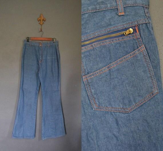 1970s Bell Bottom Jeans / High Waist / Contrast Stitching  (modern size 8/10)