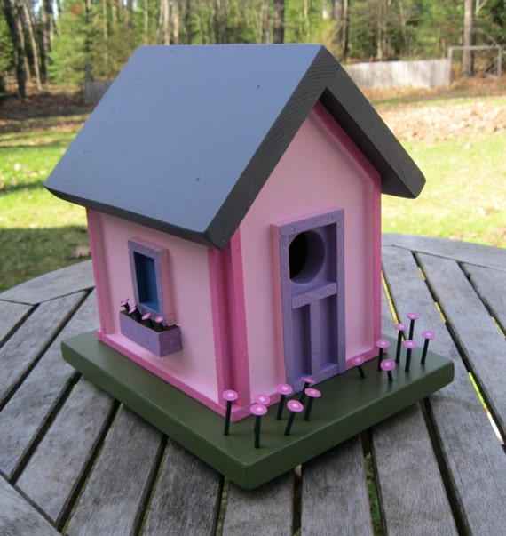 Birdhouse, Donette's Cottage - Pink withTrim & Flowers