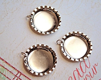 3 Pcs Bright Silver Metal BOTTLE CAP Bezels/Jumprings for DIY-Cabochons/Cabs, Photos, Clay and Resins-Round Photo Bezel