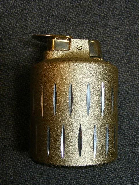 Vintage Ronson Varaflame Venus Table Lighter By