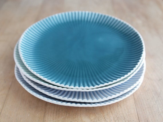 teal lunch plate