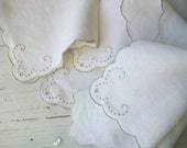Vintage Linen Napkin Set
