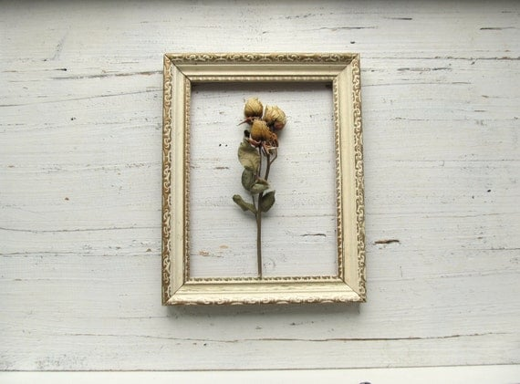 Shabby Ivory and Gold Vintage Frame