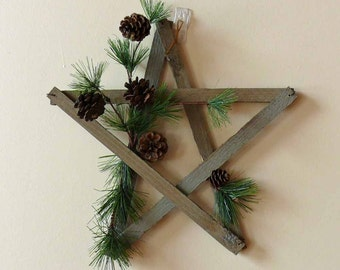 Weathered Wood Star Wall Hanging