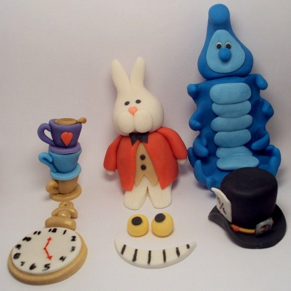 Items similar to Alice in Wonderland Character Set ...