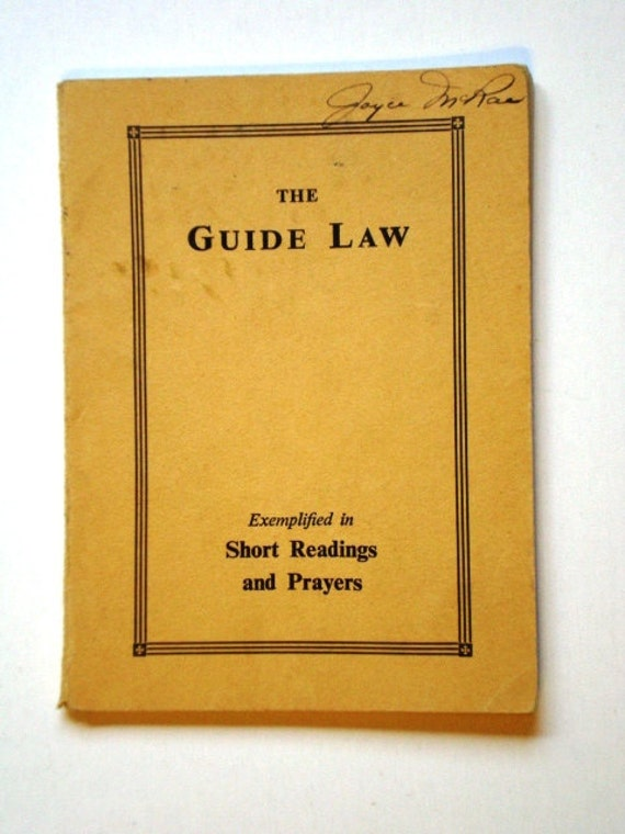 Vintage The Guide Law Booklet 1949 for Girl Guides and Scouts Exemplified in Short Readings And Prayers WAGGGS