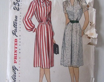 Vintage Pattern, 1940s Simplicity Dress Pattern, One Piece Dress with Shaped Neckline size 20 1/2