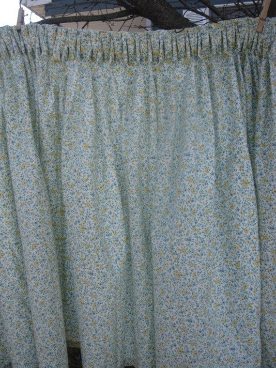 Vintage Sink Skirt Cabinet Curtain Tiny Floral Velcro