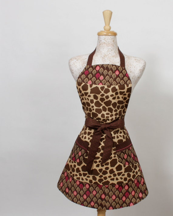 Giraffe print Apron, Brown Tan and Pink Giraffe print with Leaves of the same colors