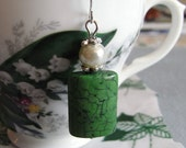 A Calm Oasis, green howlite earrings, czech glass pearl, crystal healing, colour therapy jewelry