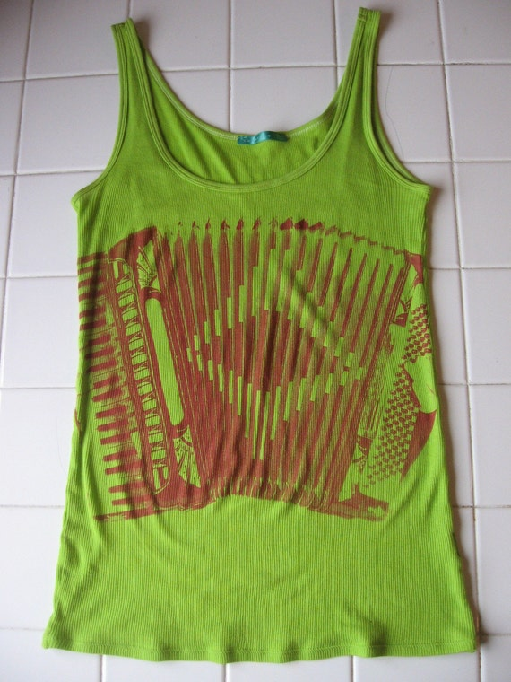 Lime green running tank with pocket running tank tops with built in bra free nike tank tops sale two day shipping and lime green running tank with pocket free returns on women s running tanks and singlets.