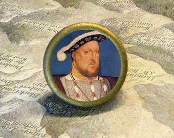 Tudor King - HENRY VIII vintage portrait - reproduced as TIE TACK or adjustable ring