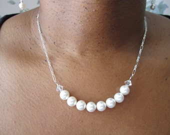 A Pop of Pearls Necklace Set