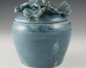Lidded jar with butterflies - stoneware var slate blue