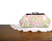 LIME PAISLEY Clutch
