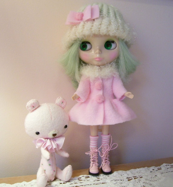 2 Piece Blythe Outfit....Coat and Hat...All in Pink and Cream