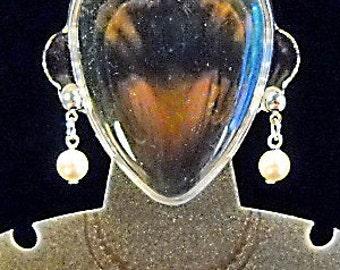 SALE  Single White Swarovski Crystal Pearl Post Earring, Single pearl Earrings, White pearl Earrings