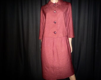 "BOXED UP - Vintage 1940's - Post War - Burgundy -  Maroon - BOX Suit - with Huge Leaf Lucite Buttons - 41"" bust - waist 30"""