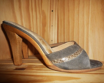 DISCO Babe - Vintage 70's - DISCO - Olive - Suede Leather - Snake Skin - Wood - Slide - Mule - Heels - by Bare Traps - marked  8