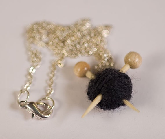 Black Knitting Necklace - Yarn and needles