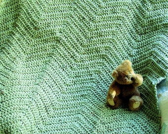 new chevron zig zag baby blanket afghan wrap crochet knit toddler lap robe ripple frosty green fleck handmade in USA