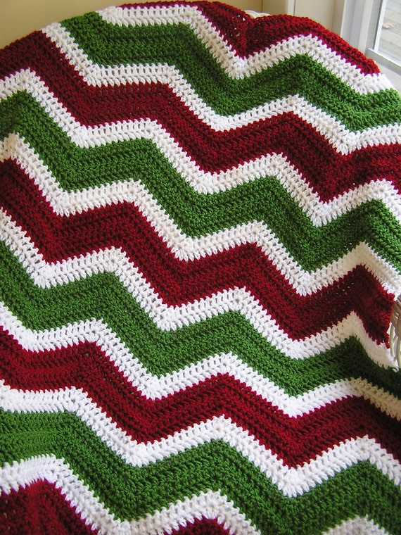 new chevron zig zag baby afghan blanket wrap christmas crochet knit toddler lap wheelchair ripple stripes VANNA WHITE yarn handmade AMERICA