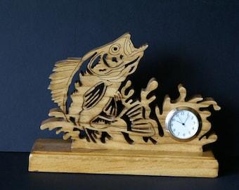 Walleye Fishing Fretwork Clock Scroll Saw Cut