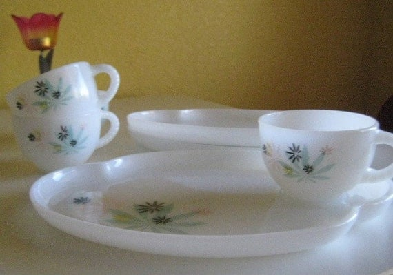 Set of Three Mod Large Glassware Saucers or Snack Plates and Four Teacups