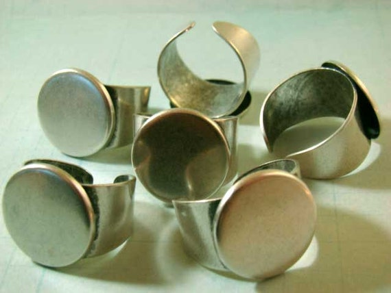 One Half Dozen (6) Antique Silver Adjustable Rings With 17mm Gluing Pad