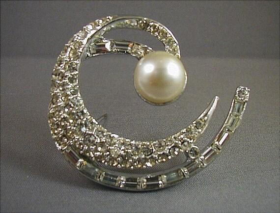 SALE Vintage Pell Crystal Rhinestone Crescent Brooch