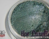 StrawberryMilkMade Loose Mineral Eyeshadow Pigment