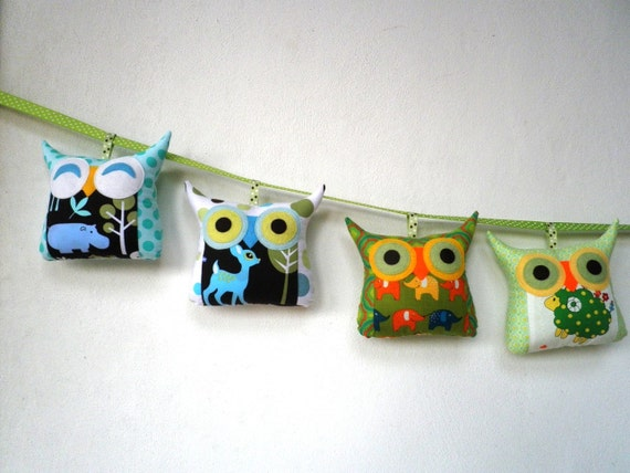 Set of four Mobile tiny owl decoration/collection-/Animal set---READY to ship