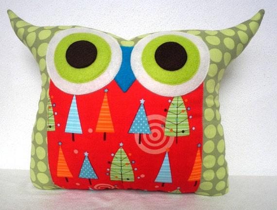 Sale/Christmas owl pillow