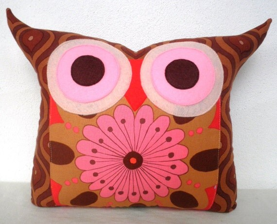 Super SALE/Polyfil Stuffed Darling Owl Pillow/Ready to ship