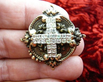 white rhinestone cross x love lover Victorian repro brass pin pendant BR-47
