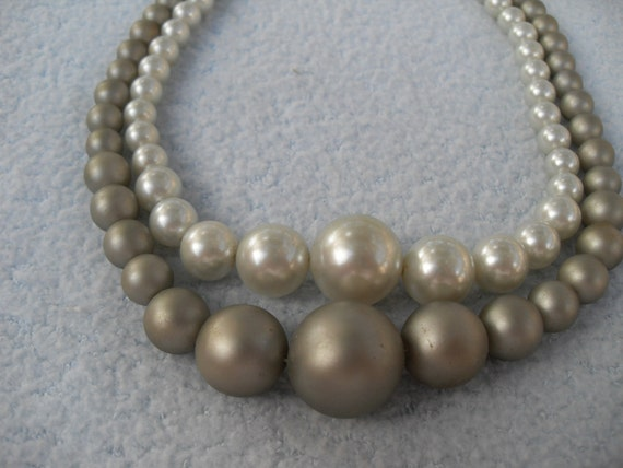 RESERVED for SCHWHITE16 Graduated Faux Pearl Vintage Necklace 2 Colors Gray Coordinating Bracelets 50s