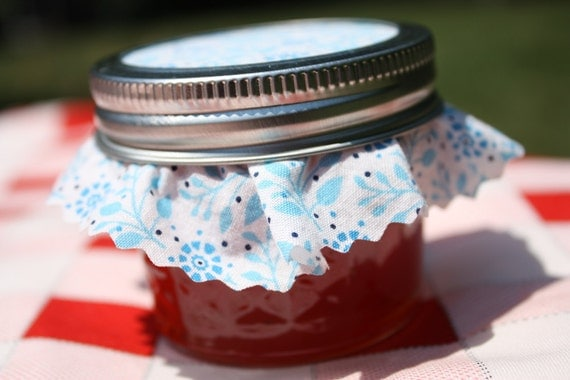 Jam wedding favor, Spread the Love with 150 4oz homemade strawberry pineapple jam wedding or shower favors, party favor, wedding favor