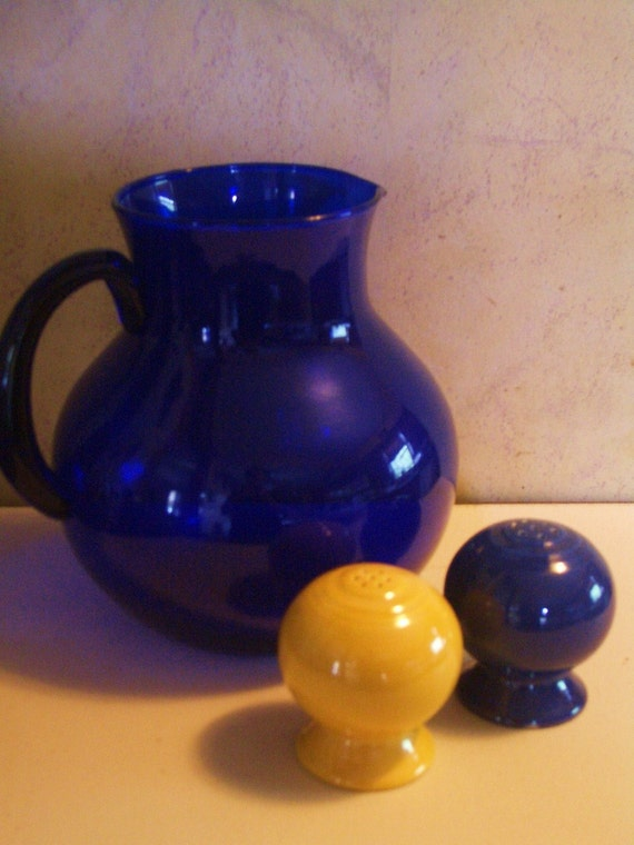 Fiestaware -salt and pepper shakers vintage