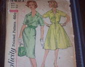 Simplicity 3421 60s Mad Men style slim flared skirted dress with front placket Bust 38