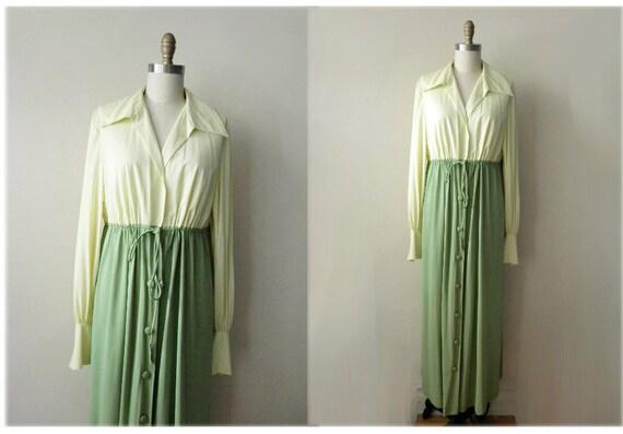 70s Vanity Fair two tone robe