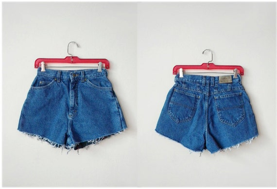 RESERVED SALE 90s Size 4/small L.L. Bean denim cut off shorts with flannel lining
