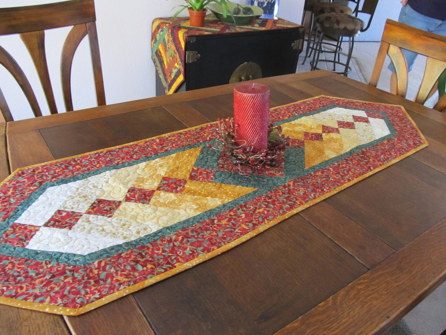 Braid Quilt Pattern Table Runner : Braid Table Runner Christmas Quilt by RatherBeeQuilting on Etsy