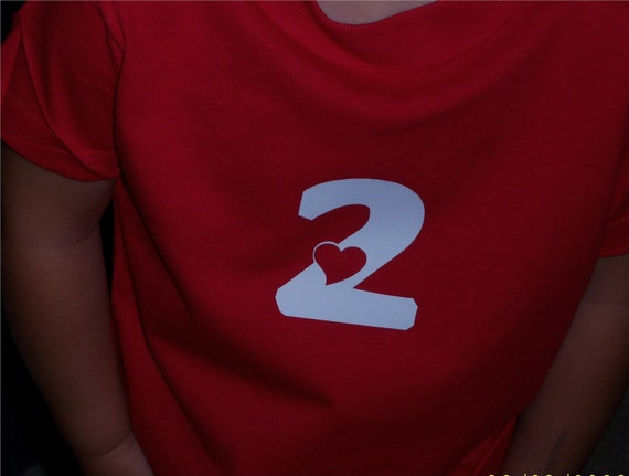 Girls Shirt Number 2 2nd Birthday Heart Design Great For Party Day