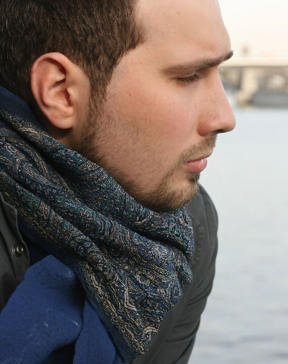 BLUE PAISLEY wool silk men scarf muffler warm felted felt merino man scarves