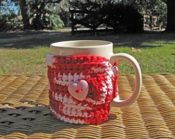 Valenting Coffee Cozy in Red & White with Pink Heart Button